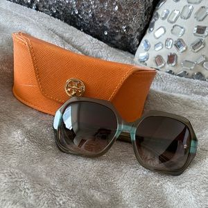 Tory Burch TY7051 Sunglasses